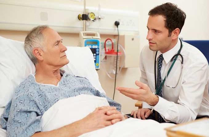 Беседа лечащего доктора с больным